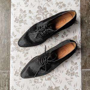 {ANTHRO} GEE WAWA Leather Oxford in Black